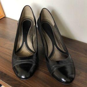 Naturalizer Cap Toe Heel for Business/Office/Suit